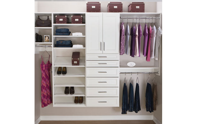 Classica White Reach In Closet